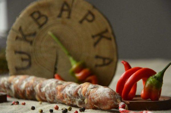 Ковбаса сиров'ялена пальцьопхана, з гострим перцем